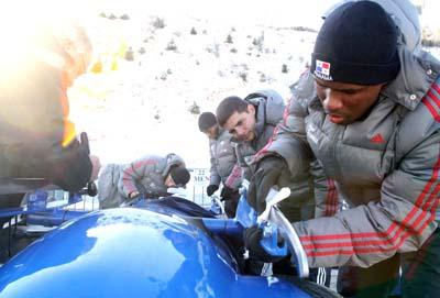 """The crew of the Panamanian bobsledding team """"Spirit of Panama"""" Train for the 2014 Olympics"""